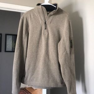 Llbean men's pullover large